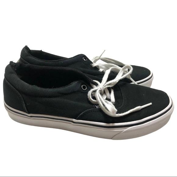 Black Women's Vans Skater Tennis Shoe